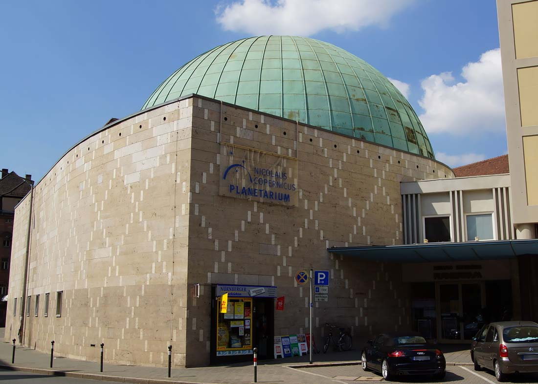Photo: Planetarium Nürnberg, © Dalibri via Wikimedia Commons